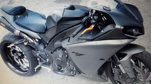 black2008 Yamaha r1 for Sale in Woodbridge, VA