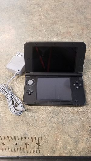 NINTENDO 3DS XL WITH GAME & CHARGER NO TRADES for Sale in Mesa, AZ