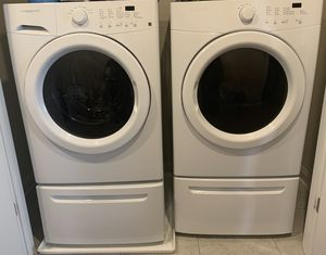 Frigidaire washer and dryer for Sale in Upper Marlboro, MD