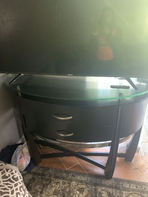 Tv table with storage drawers for Sale in Centreville, VA