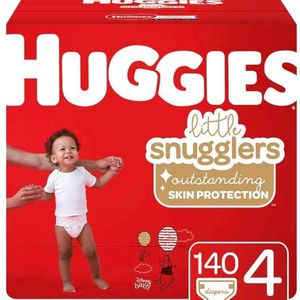 Huggies size 4 little snugglers diapers/pañales for Sale in Downey, CA