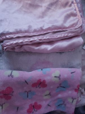 Baby girl blankets for Sale in Dinuba, CA
