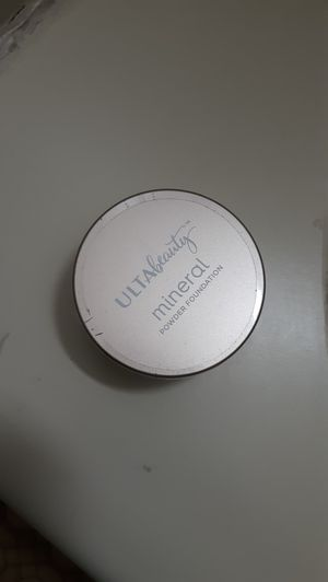 Ulta loose powder for fair skin tones for Sale in Davenport, IA