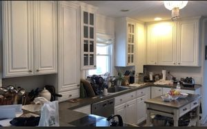 Kitchen White cabinets for Sale in Woodbridge Township, NJ