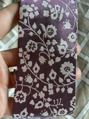 Authentic Vtg. Burberry Tie - Slim Lilac with Floral Pattern for Sale in Queens, NY