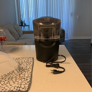 Keurig Coffee Maker for Sale in Chino Hills, CA
