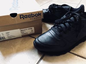 Reebok Classic Size 8.5 Women for Sale in New York, NY