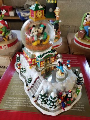 Disney snowglobes and more for Sale in Joliet, IL