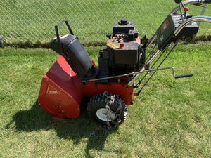 Toro 6 horse 24 inch snowblower for Sale in Brunswick, OH