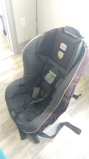 Car seat, forward facing for Sale in Melbourne, FL