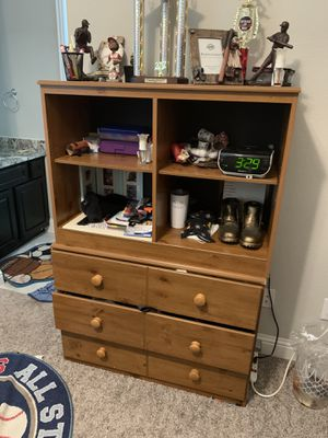 All this furniture for $200. Bunk Bed needs slacks. Good shape for Sale in Rosharon, TX