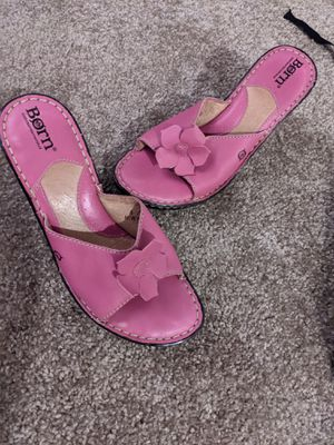 Born pink flower heels size 6.5 for Sale in Everett, WA