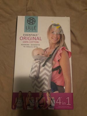 LILLEbaby ESSENTIALS Original 100% Cotton Baby Carrier in Stone for Sale in Las Vegas, NV