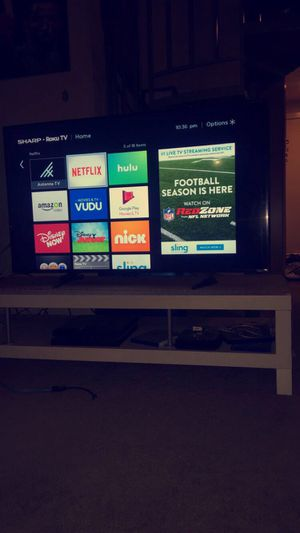 Sharp Roku smart TV, 50 inches, LED for Sale in Fullerton, CA