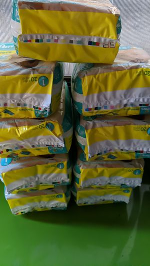 Pampers swaddlers size 1 for Sale in Montebello, CA