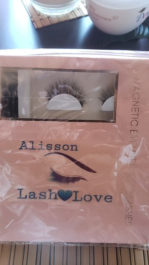New magnetic eyelashes for Sale in Stockton, CA