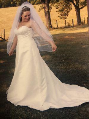 Maggie Sottero wedding dress for Sale in Roanoke, VA