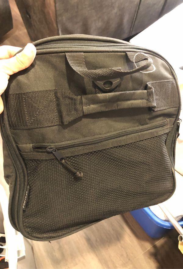 Duffle bag $8