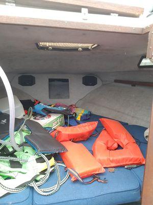 86' rinker v205 cuddy cabin crusier for Sale in Wapakoneta, OH