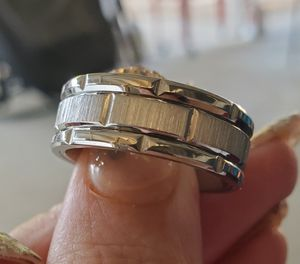 Titanium wedding band.... size 9 for Sale in Riverside, CA