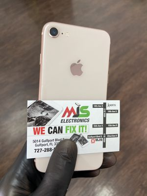 iPhone 8 factory unlocked for Sale in Gulfport, FL