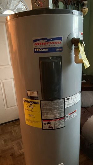 Electric water heater 50 gallons for Sale in Houston, TX