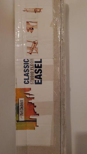 Classic Studio Floor Easel for Sale in Arroyo Grande, CA