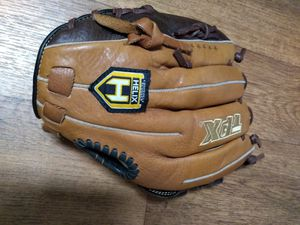 Louisville Slugger youth baseball glove for Sale in Stoneville, NC