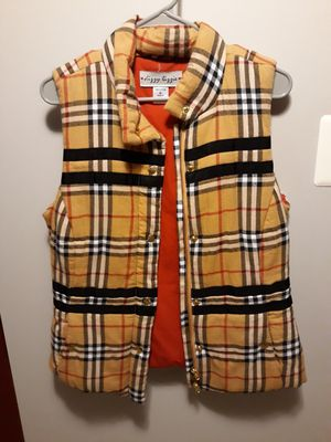 Women's Burberry plaid winter vest size M for Sale in Palos Hills, IL