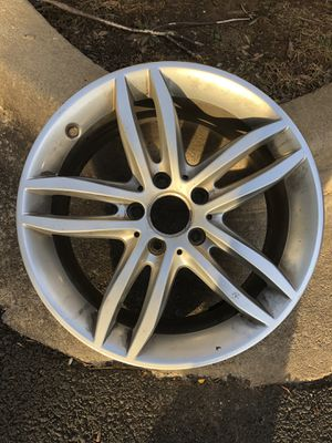 2014 Mercedes Benz C300 4 Matic driver side rear wheel for Sale in Germantown, MD