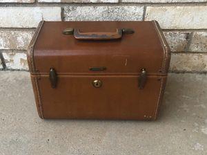 Samsonite Vintage Luggage Train Case for Sale in Dallas, TX