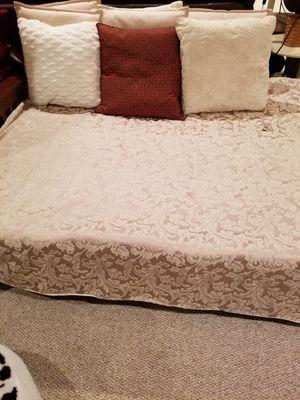 Futon or sofa for Sale in Gainesville, VA