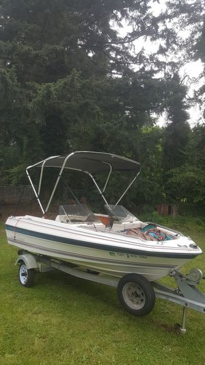 1985 bayliner Capri 14 foot boat and like new trailer for Sale in Vancouver, WA