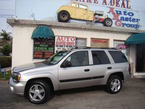 2005 Chevrolet TrailBlazer for Sale in Ventura, CA
