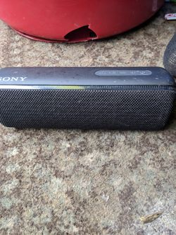 Nice Sony Bluetooth for Sale in Portland,  OR
