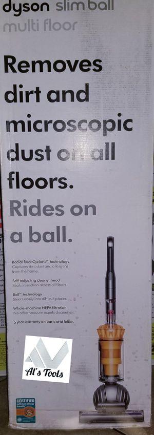 Dyson slim ball multi-floor corded vacuum for Sale in Paramount, CA