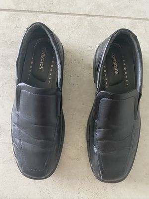 Men's size 9 1/2 black dress shoes for Sale in Kissimmee, FL