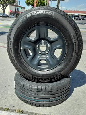 "17"" Jeep Wrangler Grand Cherokee Wheels & 95% Tread Michelin Tires setof4 for Sale in Los Angeles, CA"