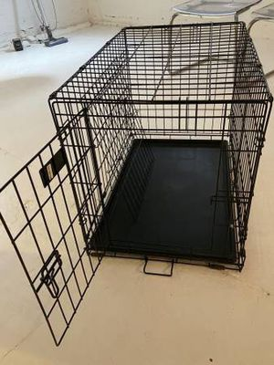 Dog cage for Sale in Lynwood, CA