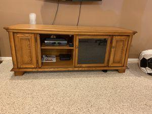 TV console for Sale in Marlboro Township, NJ