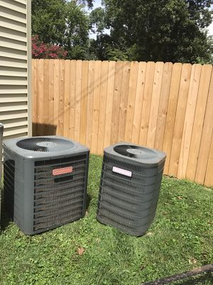 2 an2 1/2 ton heat pump AC for Sale in Knoxville, TN