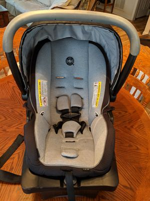 Evenflo litemax 35 carseat and base for Sale in Cumberland, VA