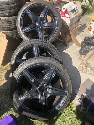 Mercedes AMG wheels and tires for Sale in San Bernardino, CA