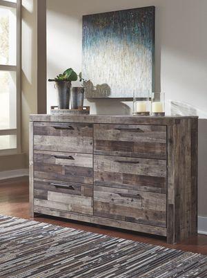Ashley Furniture Dresser, Multi Gray, Casual Syle for Sale in Santa Ana, CA