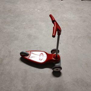 Kids Plastic Red Radio Flyer Scooter for Sale in Frostproof, FL