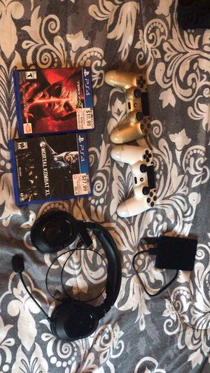 PS4 Accessories for Sale in Kent, OH