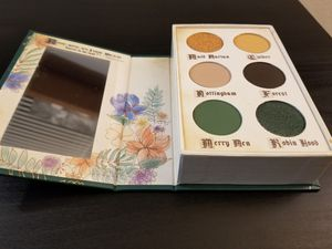 Storybook cosmetics Palette for Sale in Bellevue, WA