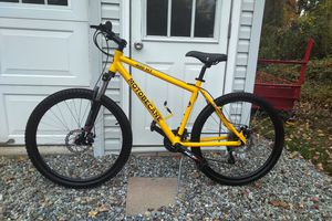 Motobecane 400HT 24 speed mountain bike- for Sale in Monroe Township, NJ