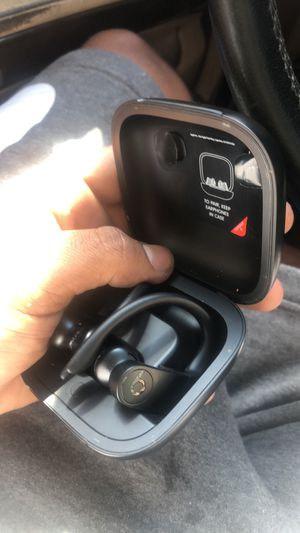 Wireless beats 70$ DELIVERED!!!! for Sale in Springfield, MA