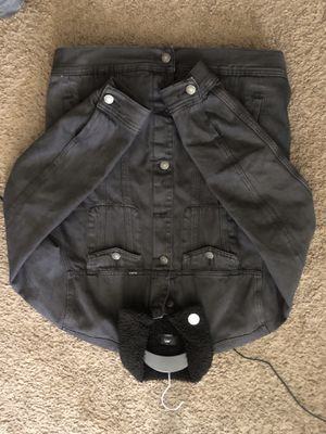 Obey Jean Jacket Off The Leash Size Medium for Sale in Fort Belvoir, VA